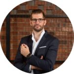 Max Scheichenost Copyright FALCON - rund